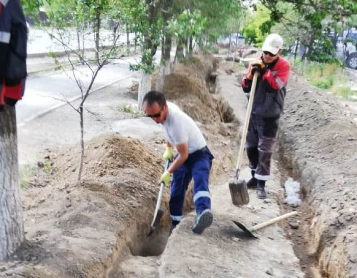 Большую поливную трубу в Атырау запустят в августе