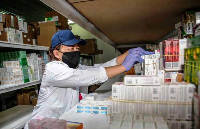 В Атырау доставлена крупная партия дефицитных медикаментов