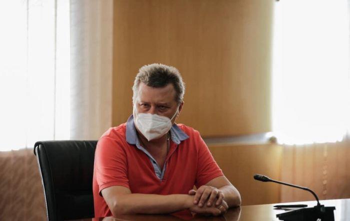 В Атырау прибыли шесть врачей из России