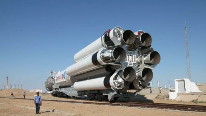 """С Байконура в Москву вернули три бракованные ракеты """"Протон-М"""""""