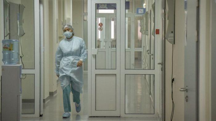 50 человек умерли за сутки от COVID-19 и пневмонии