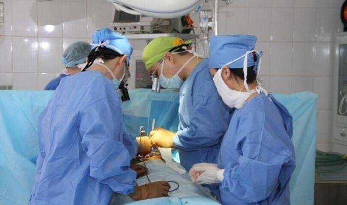 В Актау врачи борются за жизни четверых пострадавших в жутком ДТП