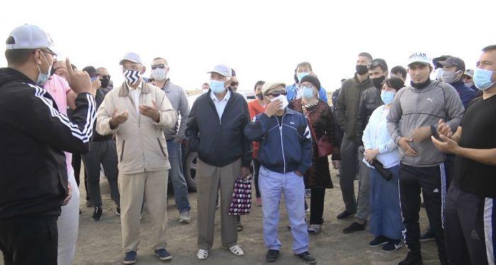 Село Жанаталап: «Мы лучше умрём за нашу землю, чем от коронавируса!»