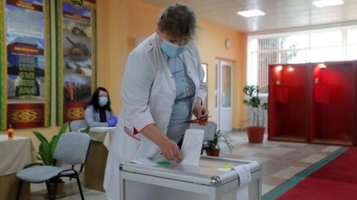 В Беларуси проходят президентские выборы. Лукашенко пытается переизбраться на шестой срок