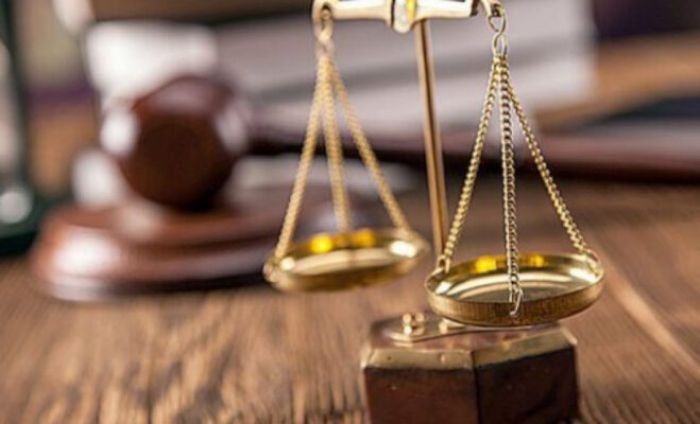 Двух судей подозревают в совершении тяжкого коррупционного преступления