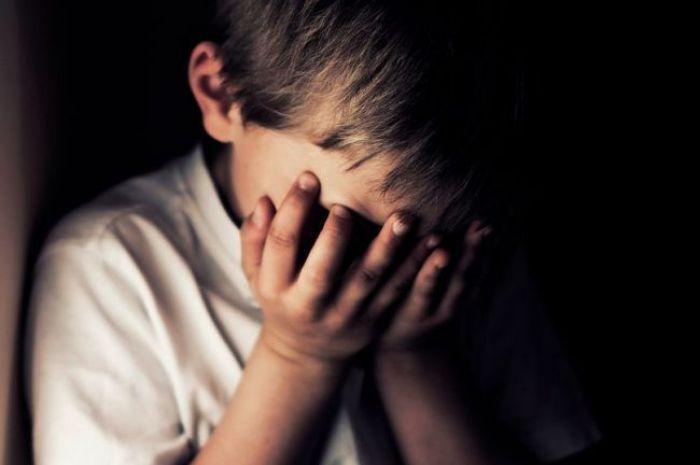 В Атырау санитарки били беспомощных детей в интернате. Видео хватило для приговора