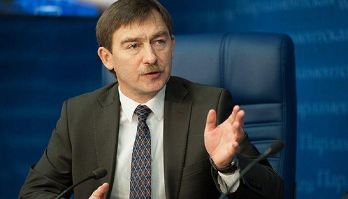 «Если уйдёт Белоруссия, за ней «рванёт» в Казахстане, потом в России». «В Казахстане все, включая президента – назарбаевские». «Похороны были каждый день»