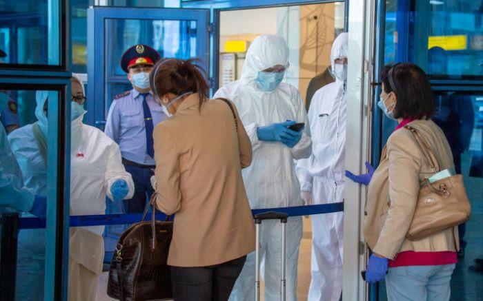 Вернувшихся из Турции и ОАЭ казахстанцев будут изолировать в стационарах