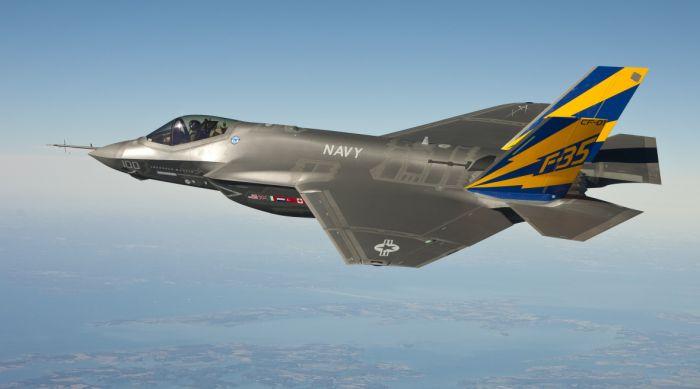 Китай введет санкции против Boeing и Lockheed Martin