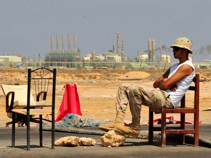 После свержения Каддафи Запад и Россия делят нефтяные богатства Ливии
