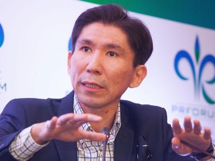 Досым Сатпаев: Назарбаев ушёл, чтобы остаться