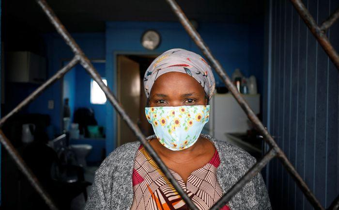 Ученые предупредили об опасности штамма COVID из ЮАР для уже переболевших