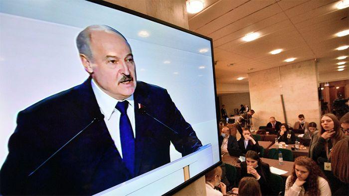 Лукашенко назвал одну из причин давления на Белоруссию