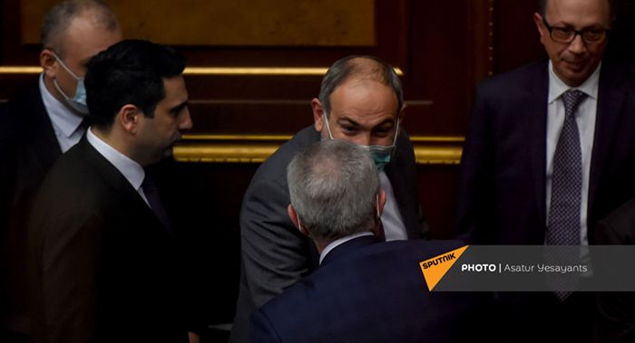 Никол Пашинян будет вынужден бежать - эксперт не считает решение Генштаба спонтанным