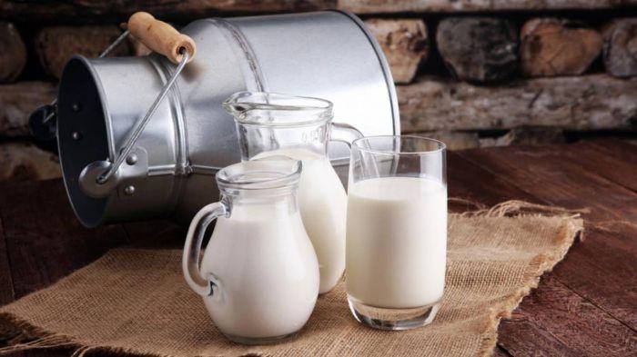 Молоко подорожало в Казахстане на 9% за год
