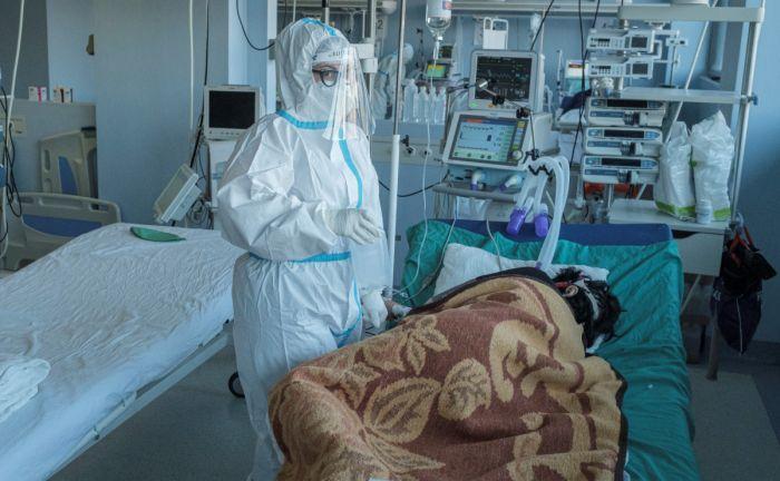 Ученые заявили о риске «вечного» заражения коронавирусом