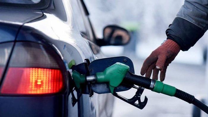 Эксперт рассказал, почему растет цена на бензин