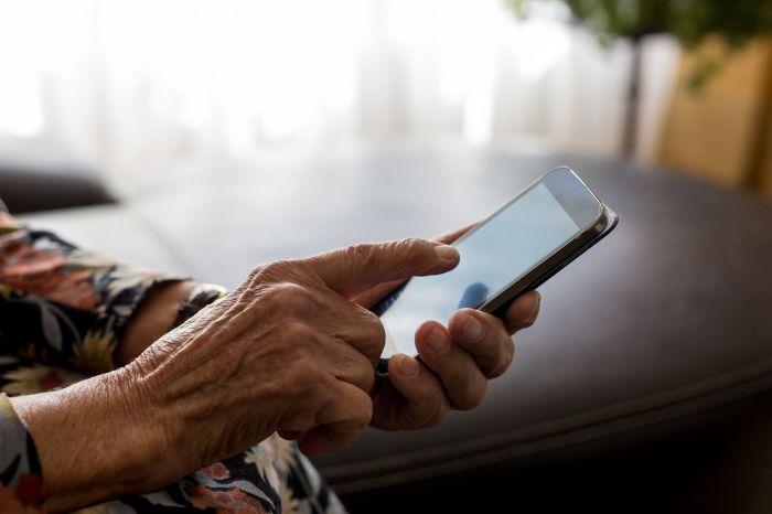 Пересмотреть пенсионный возраст снова предложили депутаты