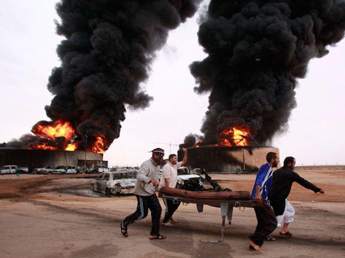 Каддафи похоронили в тайном месте