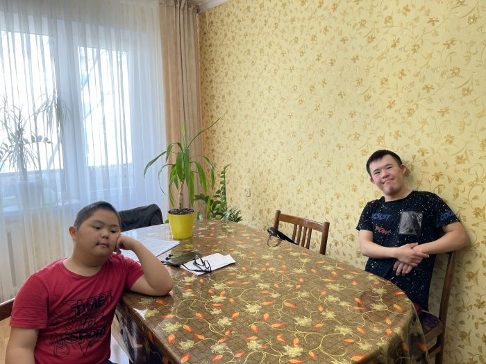 Как живётся в Атырау «солнечным детям»