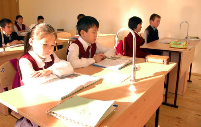 12-летнее школьное образование получило отсрочку