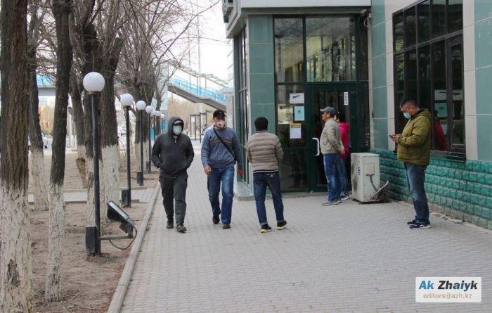 70 человек заразились COVID-19 в Атырау за сутки
