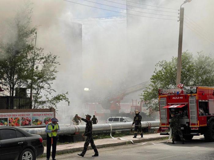 В Атырау горит ресторан «Аспава»