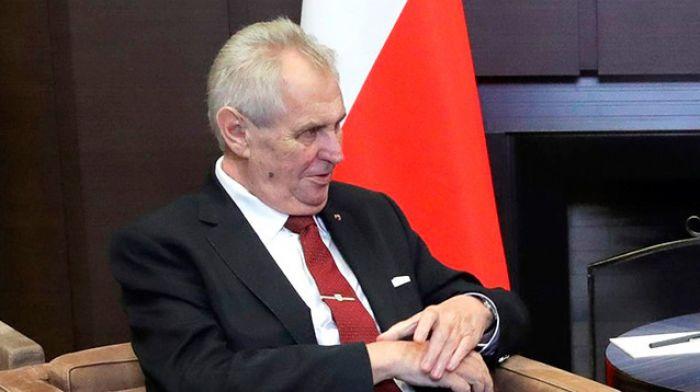 Президент Чехии: взрывы во Врбетице могли быть попыткой скрыть недостачу боеприпасов