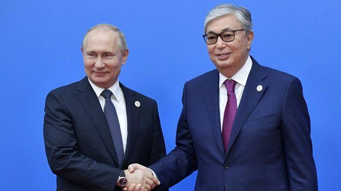 Путин поздравил Токаева с днём рождения и поговорил с Назарбаевым