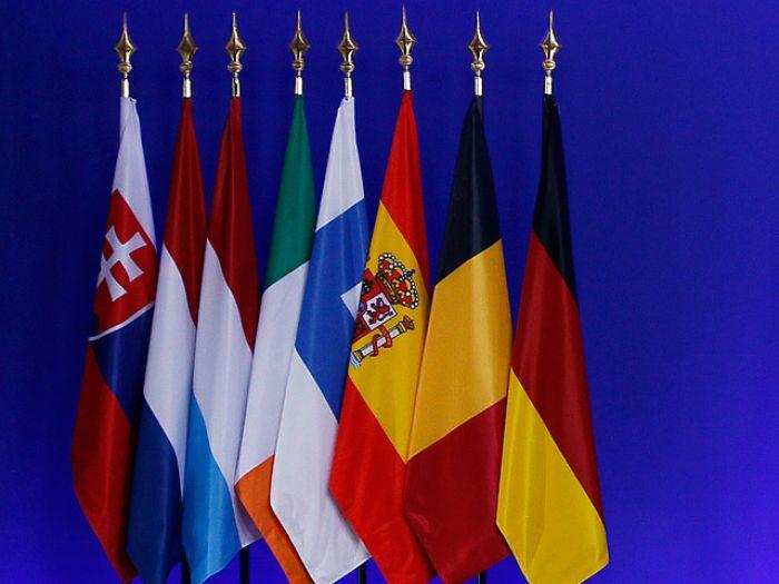 Европа договорилась на пороге кризиса
