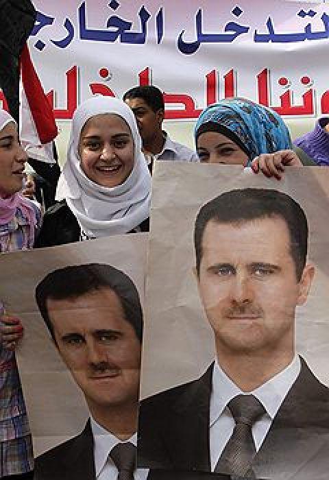 Башара Асада уговаривают остаться президентом
