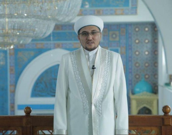 Главный имам: «Мечети будут строить спонсоры по просьбам сельчан, и они действительно нужны»