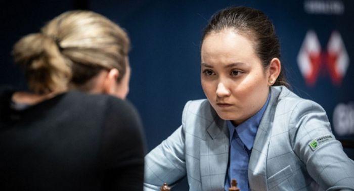 Историческое достижение: Жансая Абдумалик завоевала звание мужского гроссмейстера