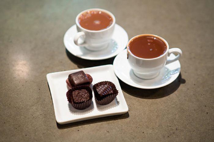 Европу предупредили о дефиците кофе и шоколада