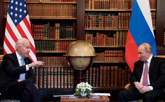Байден Путину: Если Навальный умрет в тюрьме, последствия для России будут разрушительными