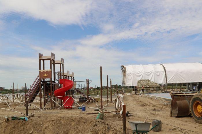 Будет аквапарк на берегу Урала. Если бы знать, законно ли