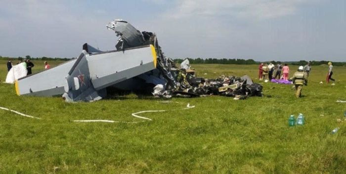 Самолет с парашютистами разбился в Кузбассе