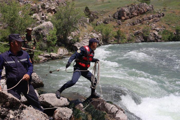 Нашли еще одно тело в горах в Туркестанской области