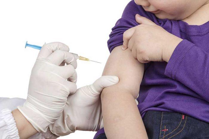 «На данный момент вопрос о вакцинации детей серьезно не стоит» – Алмаз Шарман