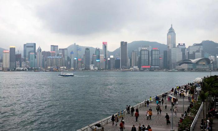 Китай ввел ответные санкции против США из-за Гонконга