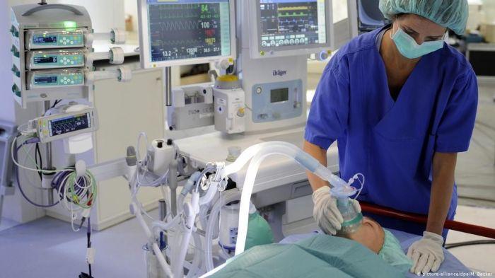 68 пациентов с COVID-19 находятся в тяжёлом состоянии в Атырауской области