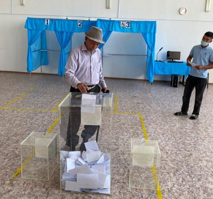 Явка на выборы в Атырауской области составила 74,4%. Результаты будут завтра