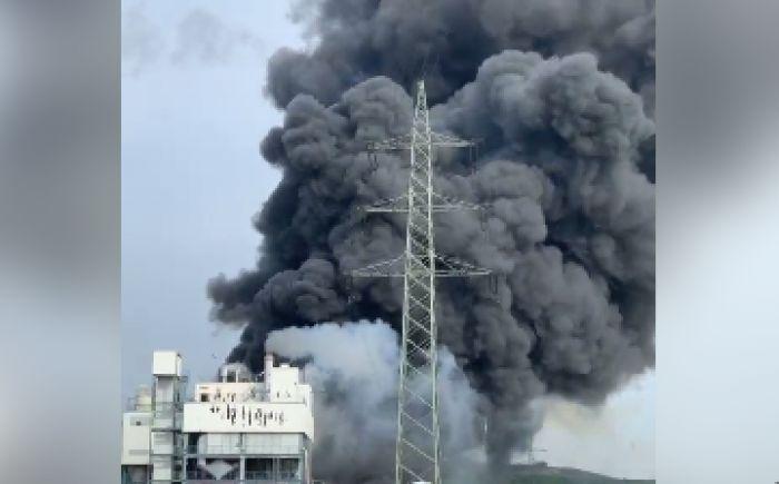 Мощный взрыв прогремел на заводе в Германии, есть пострадавшие