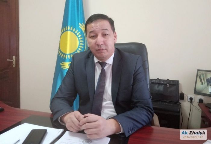 Экс-чиновник подал в суд на акима Атырауской области