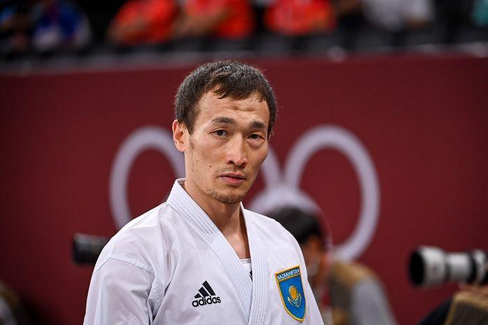 Каратист Дархан Асадилов стал победителем группового раунда на Олимпиаде
