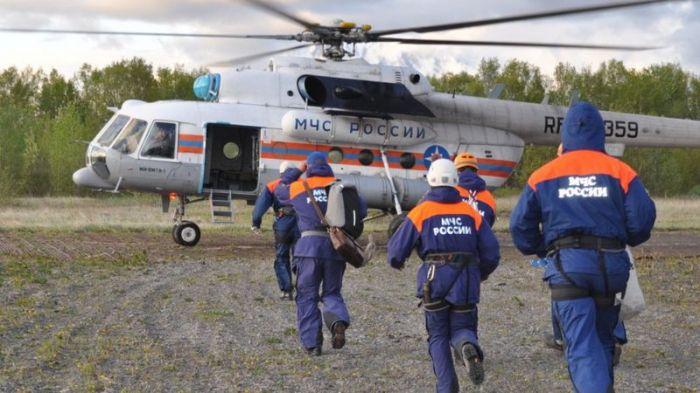 Пассажирам упавшего на Камчатке Ми-8 удалось выплыть с глубины 9 метров