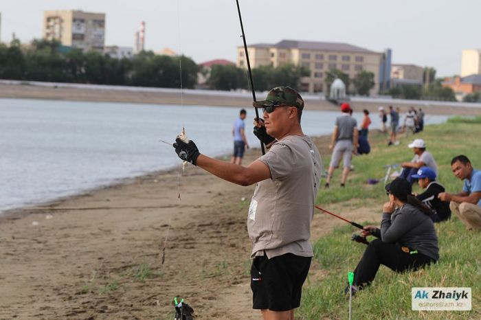 Любителям разрешат рыбачить до 15 мая, но это уже в следующем году