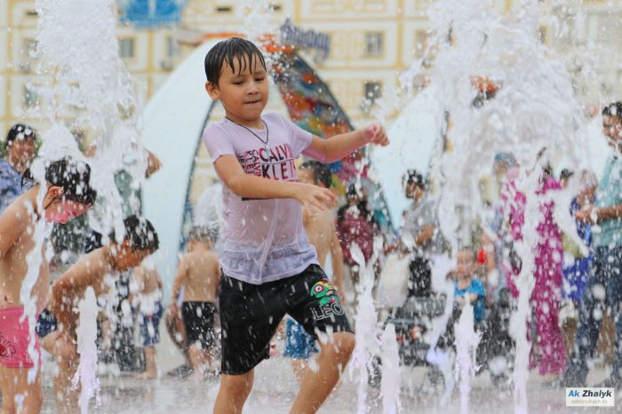 О сильной жаре в Атырау предупредили синоптики