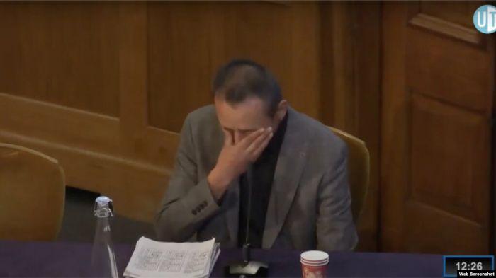 На слушаниях в Лондоне этнические казахи из Китая рассказали о пытках в синьцзянских «лагерях»