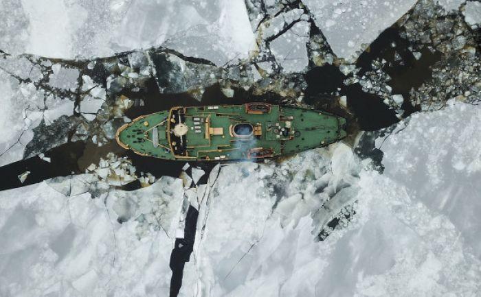 Kaz Minerals начала переговоры о создании ледокола для проекта на Чукотке